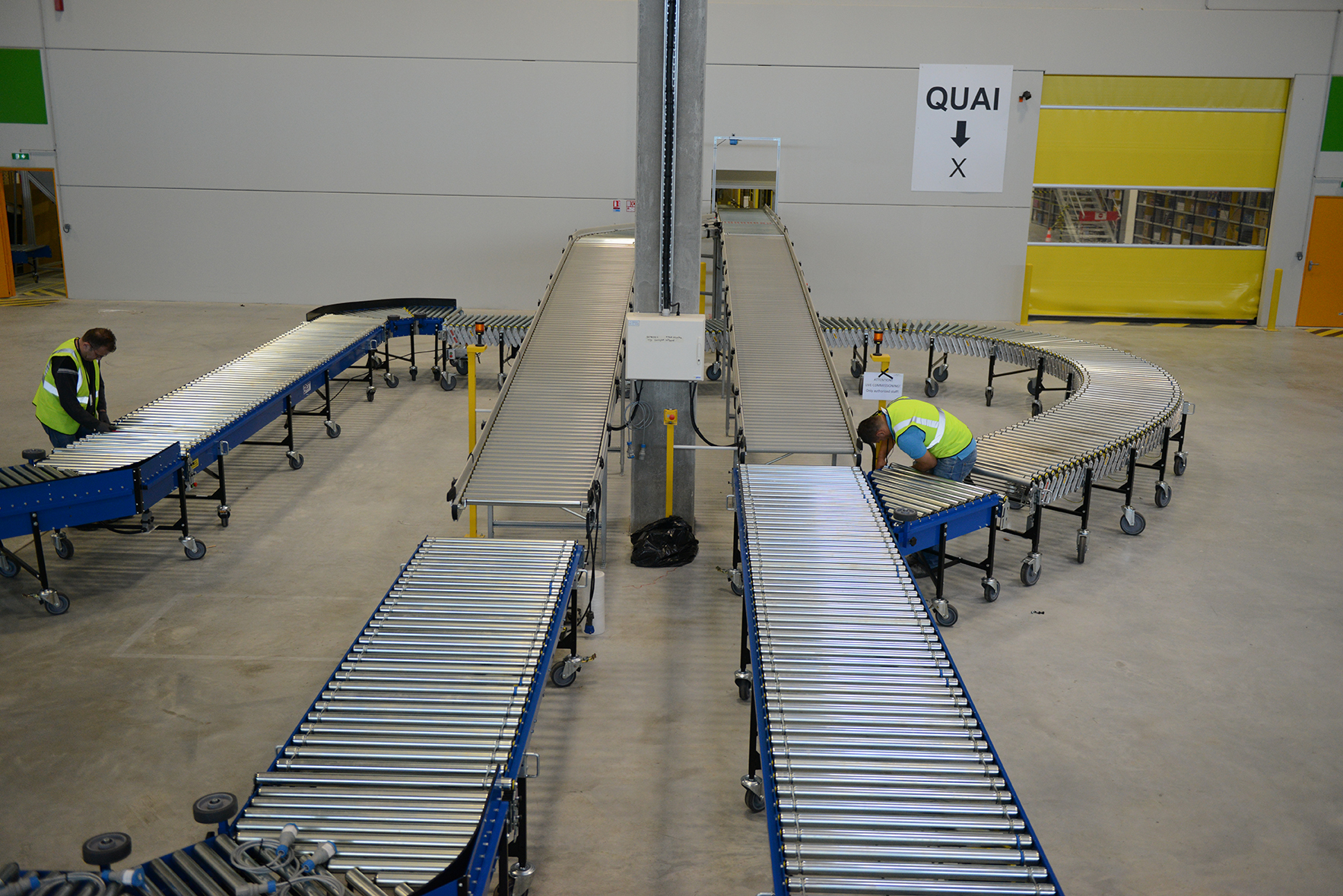 Uniline Flexible Powered Conveyors image